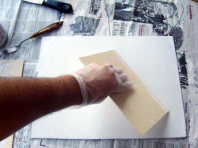 Come eseguire imprimitura di una tela